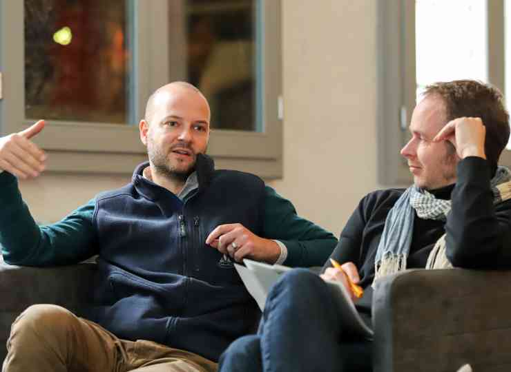 Dr. Robert Nadler vom ISL und Jan Abt vom Difu bei der Diskussion