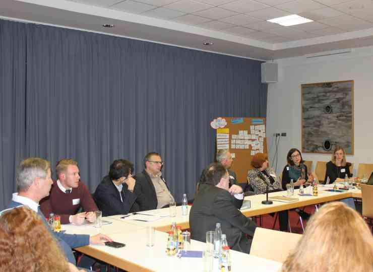 IN²: Rund 80 Teilnehmer trafen sich bei den Auftaktveranstaltungen in den Kommunen.