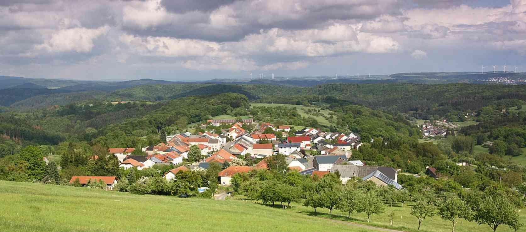 LAND.SCHAFFT.WISSEN. © pixabay, GuentherDillingen